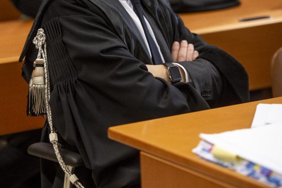 """Sentenza preconfezionata, l'Anm: """"Scuse solo all'avvocato…"""""""