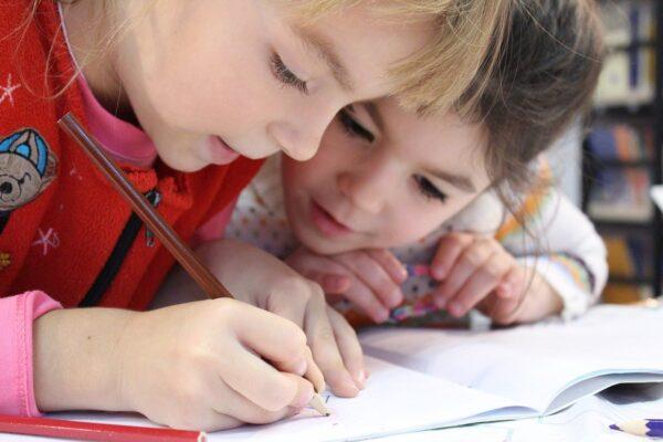 Giornata Mondiale dei Diritti dell'infanzia: l'appello di Confapi Scuole Paritarie al Presidente De Luca