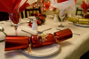 Natale a rischio lockdown, le regole con il Coronavirus: come sarà il cenone degli italiani