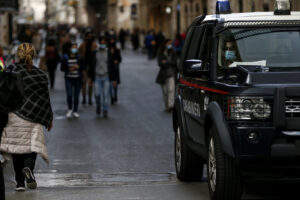 Nuovo Dpcm, come ci si muove nell'Italia in 'lockdown': coprifuoco, zone arancioni e rosse
