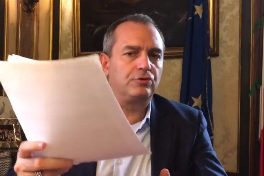 """Campania zona rossa, la vittoria di Pirro de Magistris: """"Me l'ha detto Speranza, la mia ordinanza ora non serve"""""""