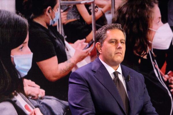 L'Italia si accanisce su Toti ma chiude gli occhi sugli altri conflitti scomodi