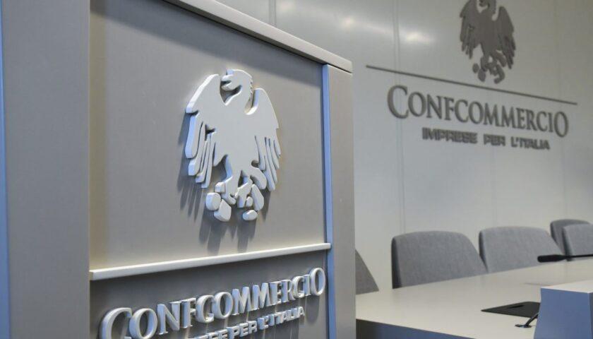 Incontro Regione-Confcommercio: al via tavolo di confronto per misure socio economiche