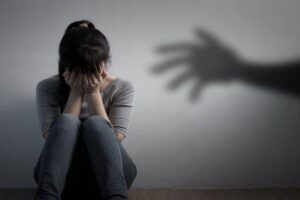 Violenza donne, psicologi Campania: Covid è pure emergenza genere