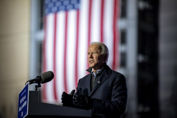 Joe Biden mette al centro i diritti cancellati: tassare i ricchi e aiutare i poveri