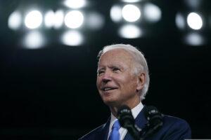 Il programma di Biden: scuola, sanità e grandi opere