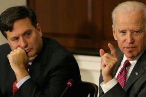Biden sceglie Ron Klain come capo dello staff alla Casa Bianca: ha affrontato l'emergenza Ebola