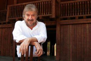 È morto Gigi Proietti, mattatore del teatro italiano