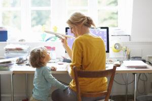 Mamme senza lavoro, al Sud una donna su cinque è disoccupata