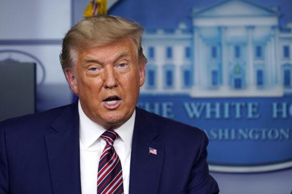 """Trump incassa una nuova sconfitta in Pennsylvania ma rilancia: """"Abbastanza voti illegali da ribaltare risultato"""""""