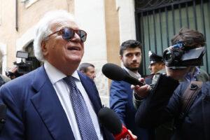 Denis Verdini: l'accusa chiede di salvarlo, la Corte lo sbatte in galera