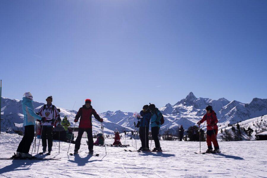 """Sci e turismo, le Regioni in pressing: """"Chiudiamo i confini delle Alpi"""""""