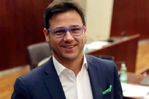 """Ciocca, l'eurodeputato leghista che vuole vaccinare prima i lombardi: """"Economicamente valgono più di un laziale"""""""