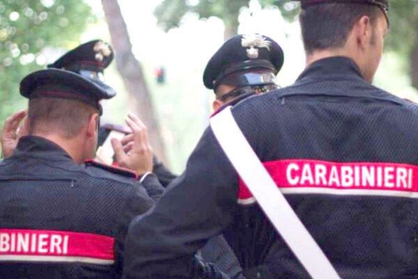 Agguato sotto casa del boss rivale, blitz contro la camorra vesuviana: 3 arresti