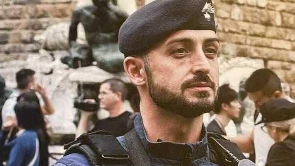 """""""Un onore rinunciare al Natale con i miei bimbi per dare il vaccino agli italiani"""", il racconto del carabiniere che ha portato il siero"""