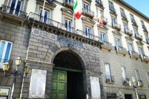 L'utopia dei dem: una legge speciale per far rinascere Napoli