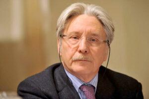 """""""Carceri sovraffollate, dal governo misure inadeguate"""", intervista a Giovanni Fiandaca"""