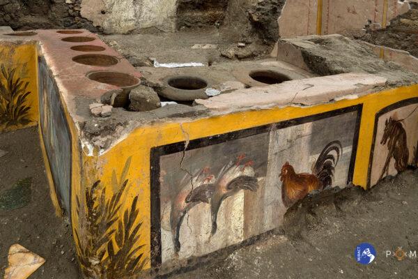 """Pompei, scoperto Termopolio con tracce di alimenti: """"Esempio mondiale di tutela e gestione"""""""