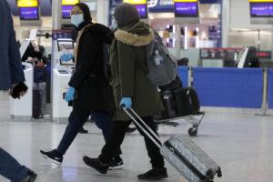 Nuovo ceppo 'inglese' del Coronavirus già in Olanda, Australia e Danimarica: Italia blocca i voli col Regno Unito