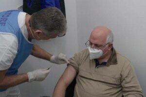 """Coronavirus, anche Ascierto si vaccina: """"Siamo a 100 metri dal traguardo"""""""