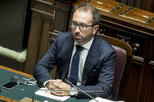 Addio dj Fofò: avvocato spione che non verrà rimpianto neanche da Davigo, Di Matteo e Gratteri