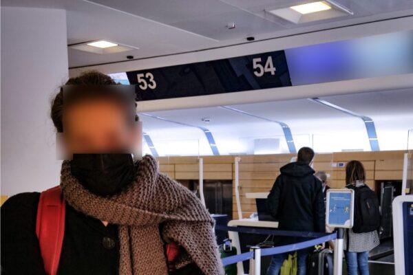 Documenti in olandese, low cost nega l'imbarco: riesce a salire a bordo solo grazie alla Polizia
