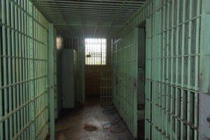Le prigioni cadono a pezzi, ma dal governo arrivano briciole