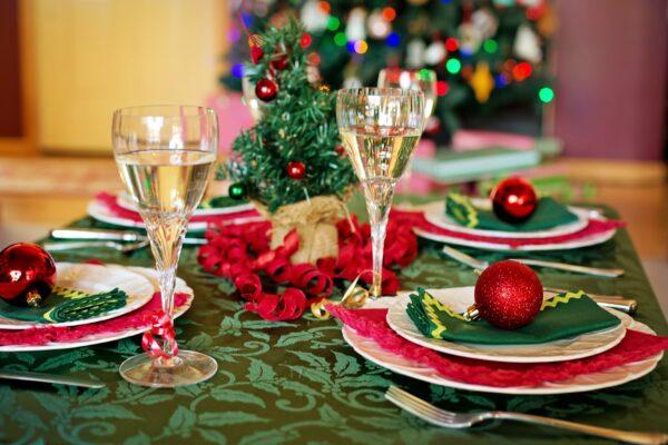 Menù di Natale, dalla minestra maritata ai dolci cosa prevede la tradizione napoletana