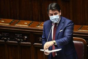 Crisi di governo, Conte alla Camera per la fiducia: stallo nella ricerca dei 'Costruttori'