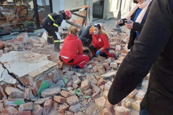 """Devastante terremoto in Croazia, sisma avvertito in tutta Italia: """"Morta una bambina, blackout a Zagabria"""""""