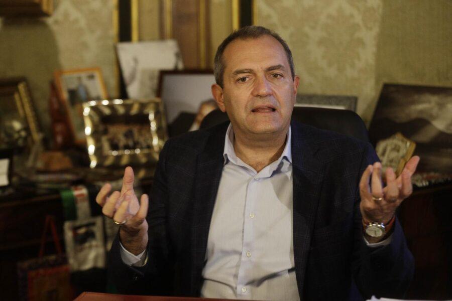 Napoli, sul bilancio comunale sindaco e destra non hanno più tempo
