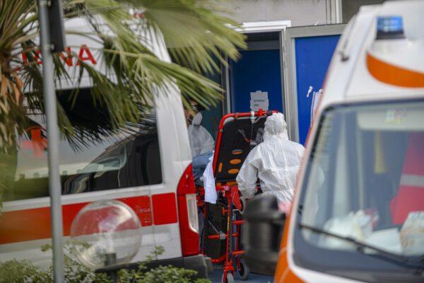 """Paziente down 'legata al letto', il Cardarelli smonta le accuse: """"Chiarezza senza infangare lavoro dei sanitari"""""""