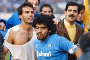 """Maradona e i fischi di Napoli: """"Non fu soltanto amore"""""""