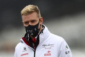 Mick come il padre Michael: uno Schumacher torna a correre in Formula 1