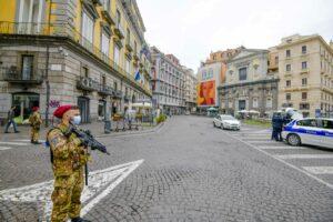 Campania zona gialla, i miglioramenti potrebbero non bastare: si rischia lo slittamento