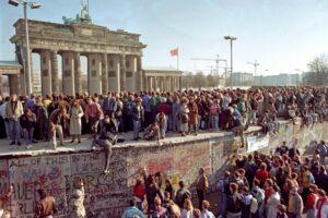 Storia d'Italia, 1961: la nascita del muro di Berlino che divise il mondo a metà