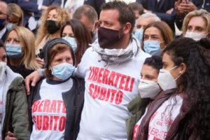 Blitz di Conte in Libia per la liberazione dei pescatori italiani 'ostaggi' da oltre 100 giorni
