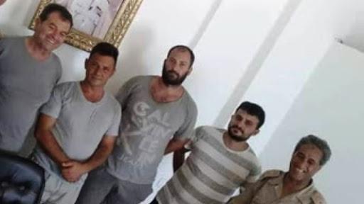 """Pescatori liberati, in viaggio per l'Italia il racconto dei giorni in Libia: """"Noi rinchiusi al buio senza processo"""""""