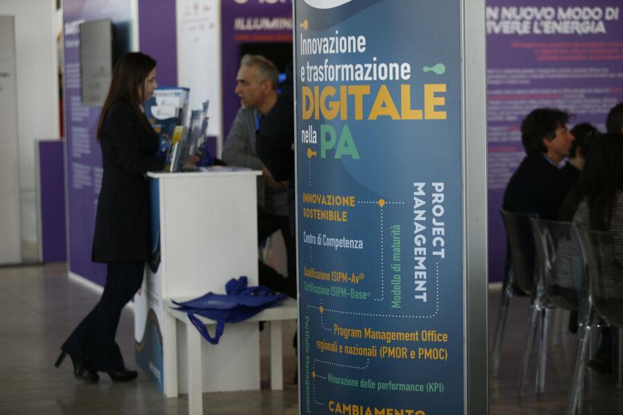 La pandemia uccide la pubblica amministrazione: in Campania 4 comuni su 10 a rischio crac