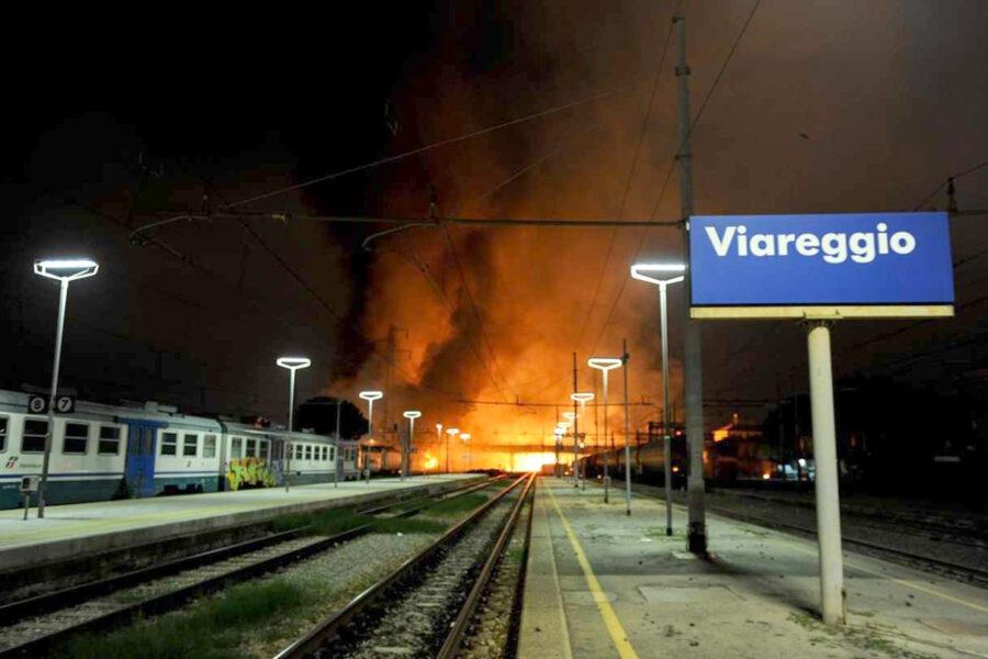 Strage di Viareggio, Cassazione annulla condanna a Moretti e prescrive gli omicidi colposi
