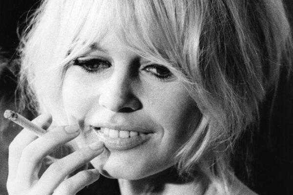"""Brigitte Bardot la spara grossa: """"Il covid? Una cosa buona, regola la popolazione"""""""