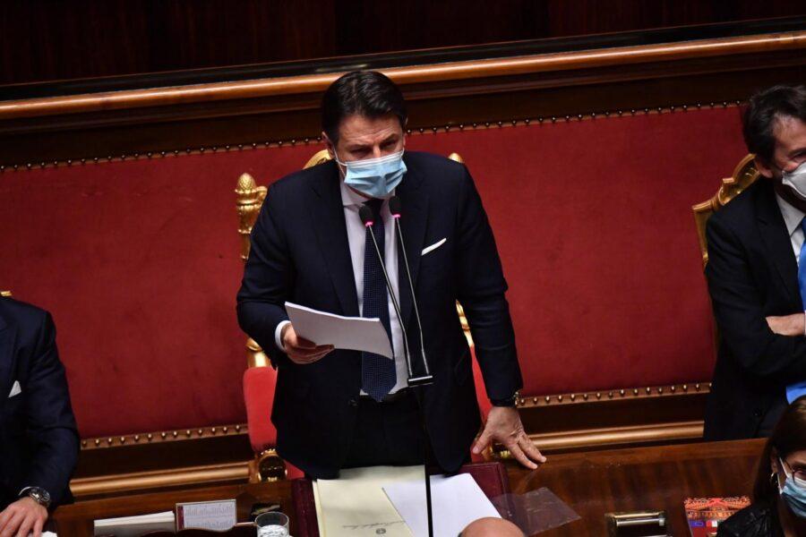 """Conte al Senato per la fiducia: """"Da Italia Viva attacchi scomposti, nuovo vincolo politico con chi ha a cuore il Paese"""""""