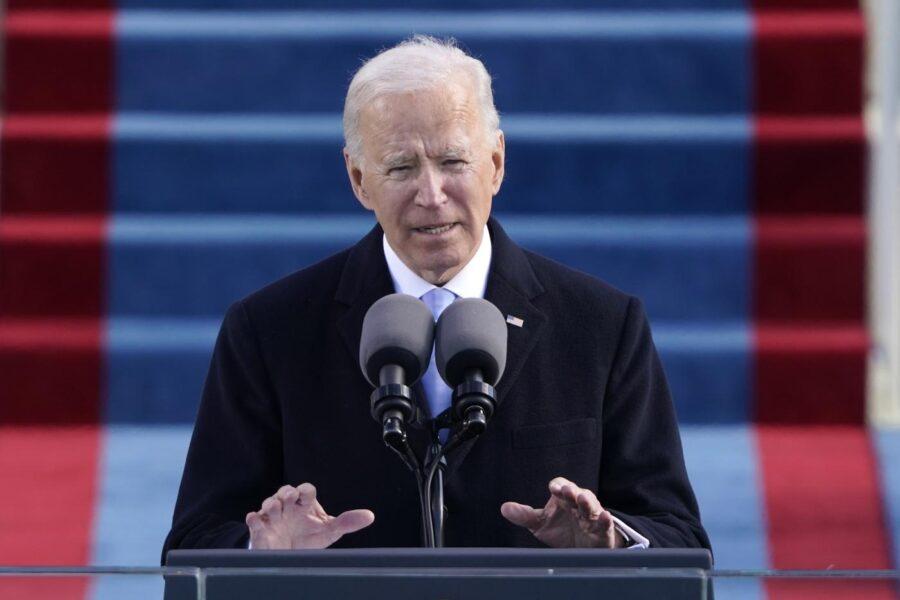 Biden comincia dalla pandemia: tampone e quarantena per chi arriva negli USA