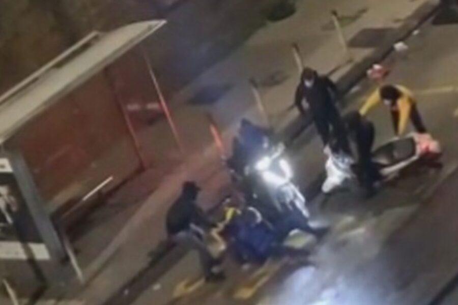 """Rider picchiato e rapinato, la mamma di uno degli aggressori: """"Mi vergogno, vorrei chiedere scusa a Gianni"""""""