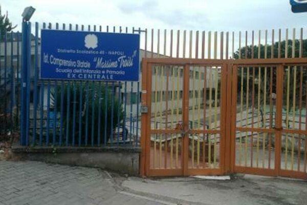 Napoli, scuole vandalizzate e svaligiate: zero telecamere e nessun sistema d'allarme