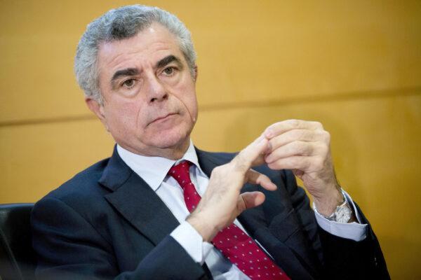 Furia contro i giudici che non mandano in cella Mauro Moretti
