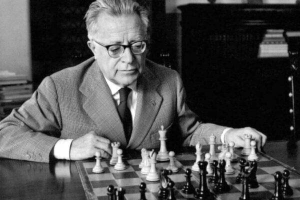 Palmiro Togliatti, il Migliore o il peggiore?
