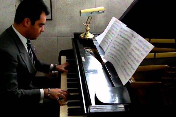 Il dramma di Adriano Urso, il pianista diventato rider morto durante una consegna