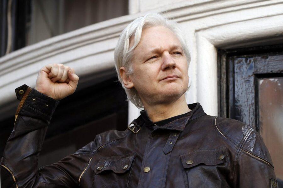 Assange, Londra blocca l'estradizione negli Stati Uniti del fondatore di WikiLeaks