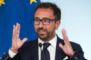 Cancellare Bonafede, sulla giustizia Draghi dimostri più coraggio